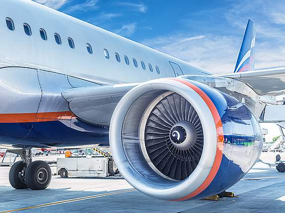 Flugzeugflügel mit Turbine